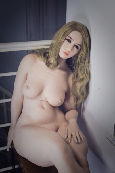 松本花佳  セックス ラブドール